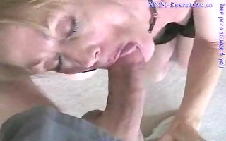 aged blondie gives great oral-sex