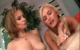 mamma and daughter face hole fuck wang