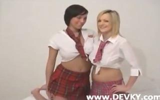 hawt schoolgirls