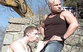 homo public oral-service on construction web page