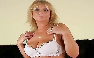 older rosalyn squirts and gets cummed on