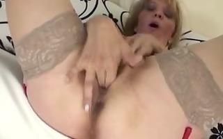 mature masturbation (ariella 86yo)
