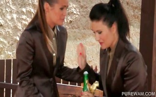 alluring lesbian receives wam in 2some