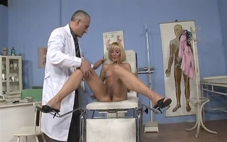 mother i jennifer toths rectal exam