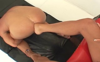 female-dom foot bonks villein