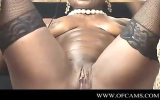 ebonymuscle has enjoyment with dildos ofcams.c