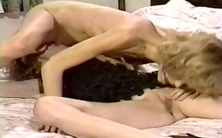 bawdy retro twin sisters in a hawt lesbian action