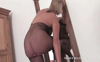 hawt milf in hose riding sex-toy