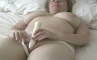 bulky milfs solo sensations
