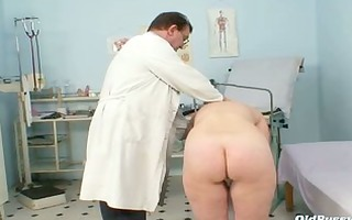 older old twat gyno speculum scrutiny with gyno