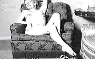 vintage porn movie of a lady in nylons