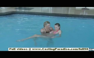 nicole ray and bella cole independent lesbo babes