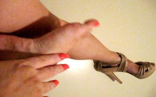 hawt tan heels