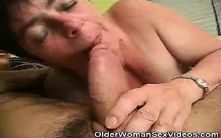 mature woman sucks on younger dudes weenie