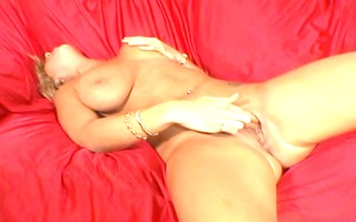 breasty wench fuck a younger guy...usb
