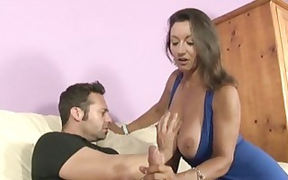 brunette d like to fuck with large natural