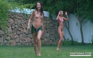 outdoor lesbian sexgames with bare teenies