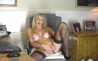 sexy mommy in nylons showing her twat