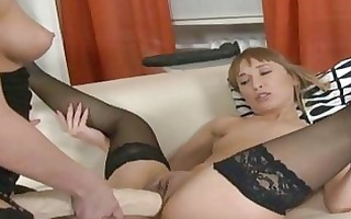 eager lesbo cunt stretching with giant dong