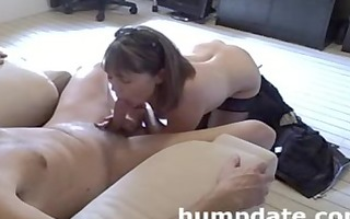 sexy mother i gives priceless oral sex and tugjob