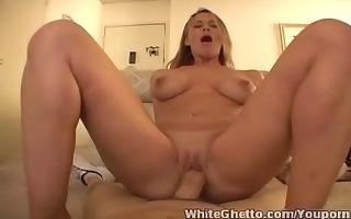 white ghetto - mother i kylie hardcore cumshot