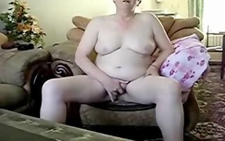 aged lady absolutely in nature masturbating