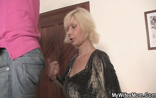 granny rides her daughter\s guy knob as she is