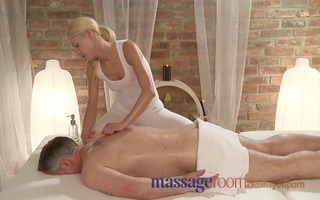 massage rooms lewd masseuse has a squirting big o