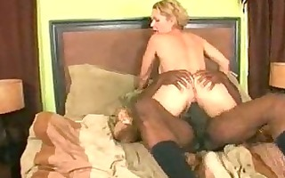 hornny d like to fuck likes large darksome cocks