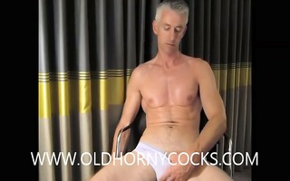 sexy dad jerking pounder