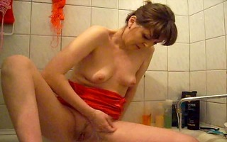 girl cum in shower
