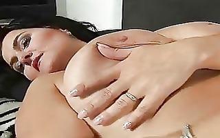 large tit older reny masturbating trion media