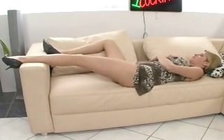 6 lengthy movies of very beauty lesbian foot