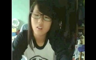 cute oriental on livecam