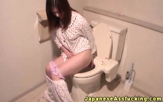 oriental japanese plays with anal toys