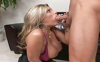 blond d like to fuck with large boobs fucking in