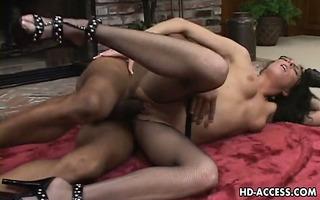 aged bitch katrina isis enjoys hardcore vagina