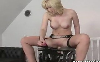 concupiscent older rides on sex chair