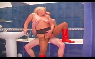 mature bitch with saggy pointer sisters screwed