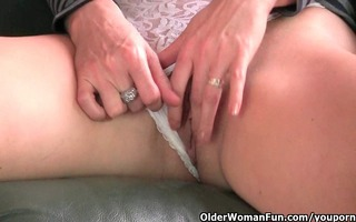 redheaded older mama plays with her nipps and slit