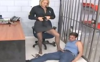 krissy lynn in ripped pantyhose getting her feet