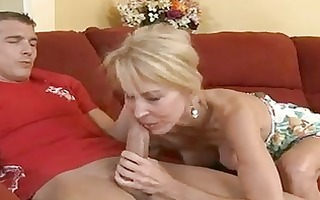 hot aged erica lauren fills her face hole with a