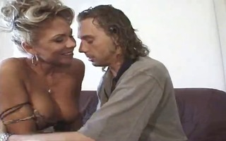 golden-haired d like to fuck fuck on daybed