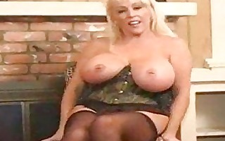 sexy breasty older golden-haired kandi koxx solo