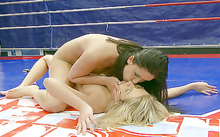 classic fight blonde vs brunette hair
