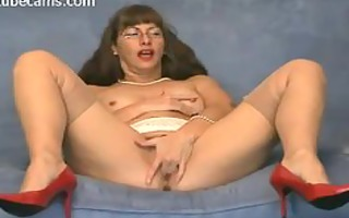 very lascivious mother i fingering her