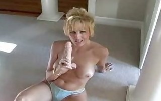 takes a sex-toy in snatch & shlong in her