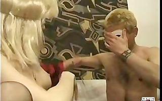 italian dilettante signora si masturba in livecam