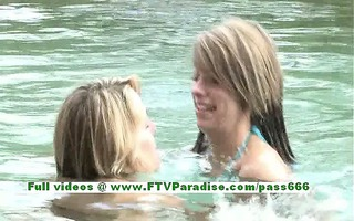 rilee and sara independent lesbo hotties giving a