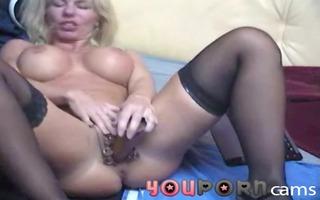 doppel-dildo in gepiercter fur pie - hardcore anal